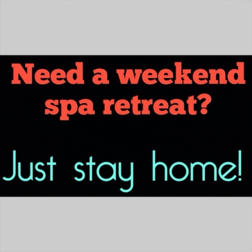 Create your own weekend spa health retreat at home for Design your own salon
